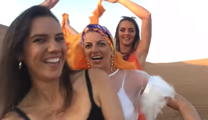 girls in desert